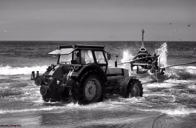 pancada de mar ao sair da praia