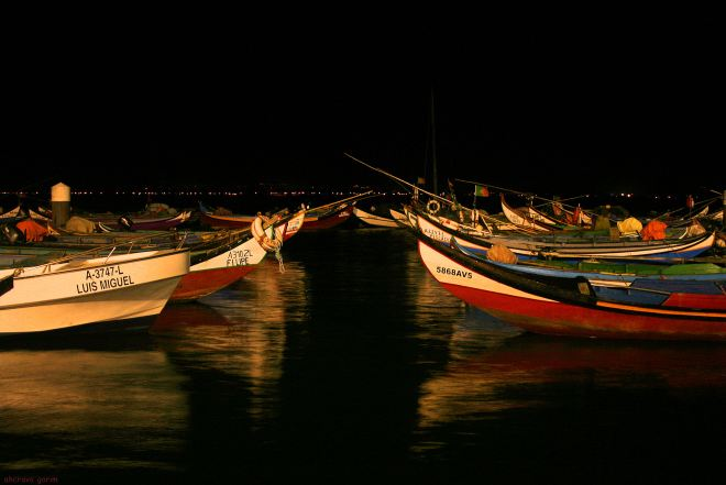 ahcravo_Imagem 2385 bateiras marina noite