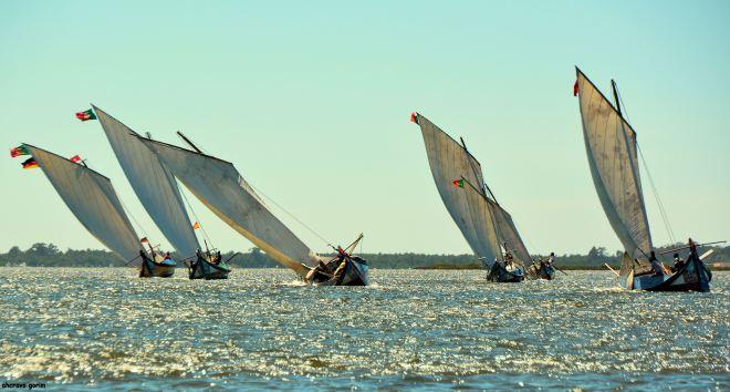 de madeira os barcos mostram a fibra dos homens