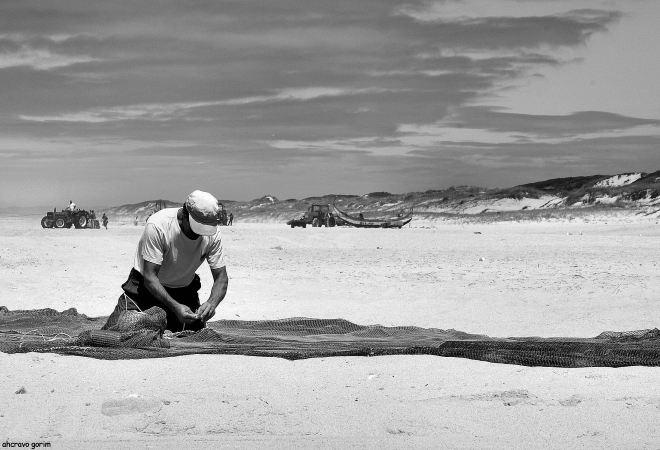 a grandiosidades do pescadores, mesmo se nas mais humildes tarefas